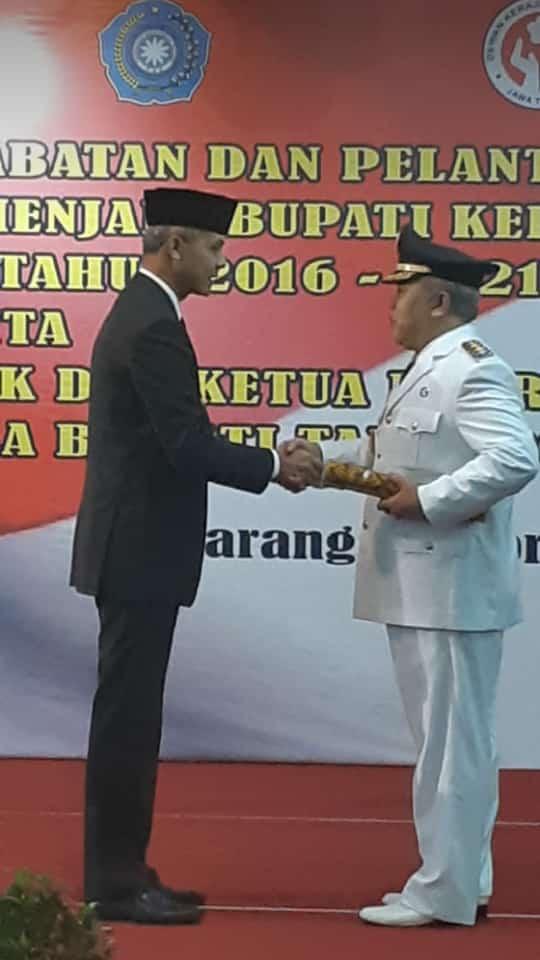 KH. Yazid Makfudz Resmi dilantik sebagai Bupati Kebumen